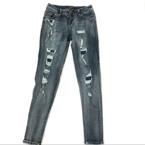 Rue 21 distressed jeans size 7/8